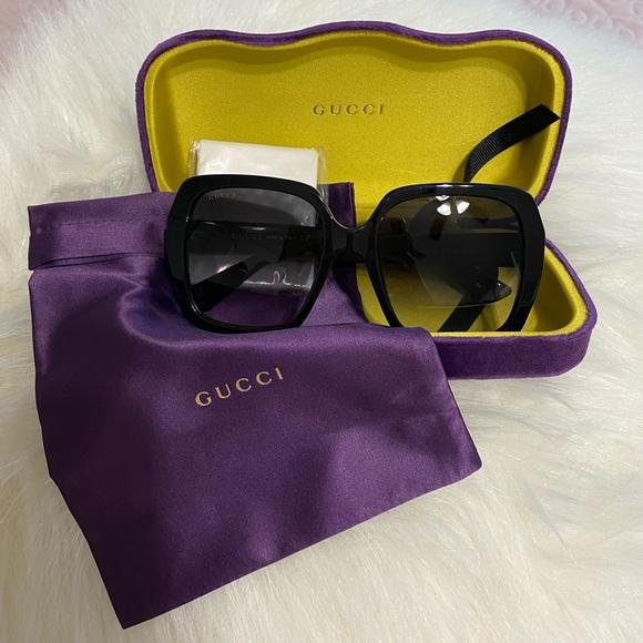 ❌SOLD❌Authentic GUCCI 54mm Oversized Square Sunglasses GUCCI